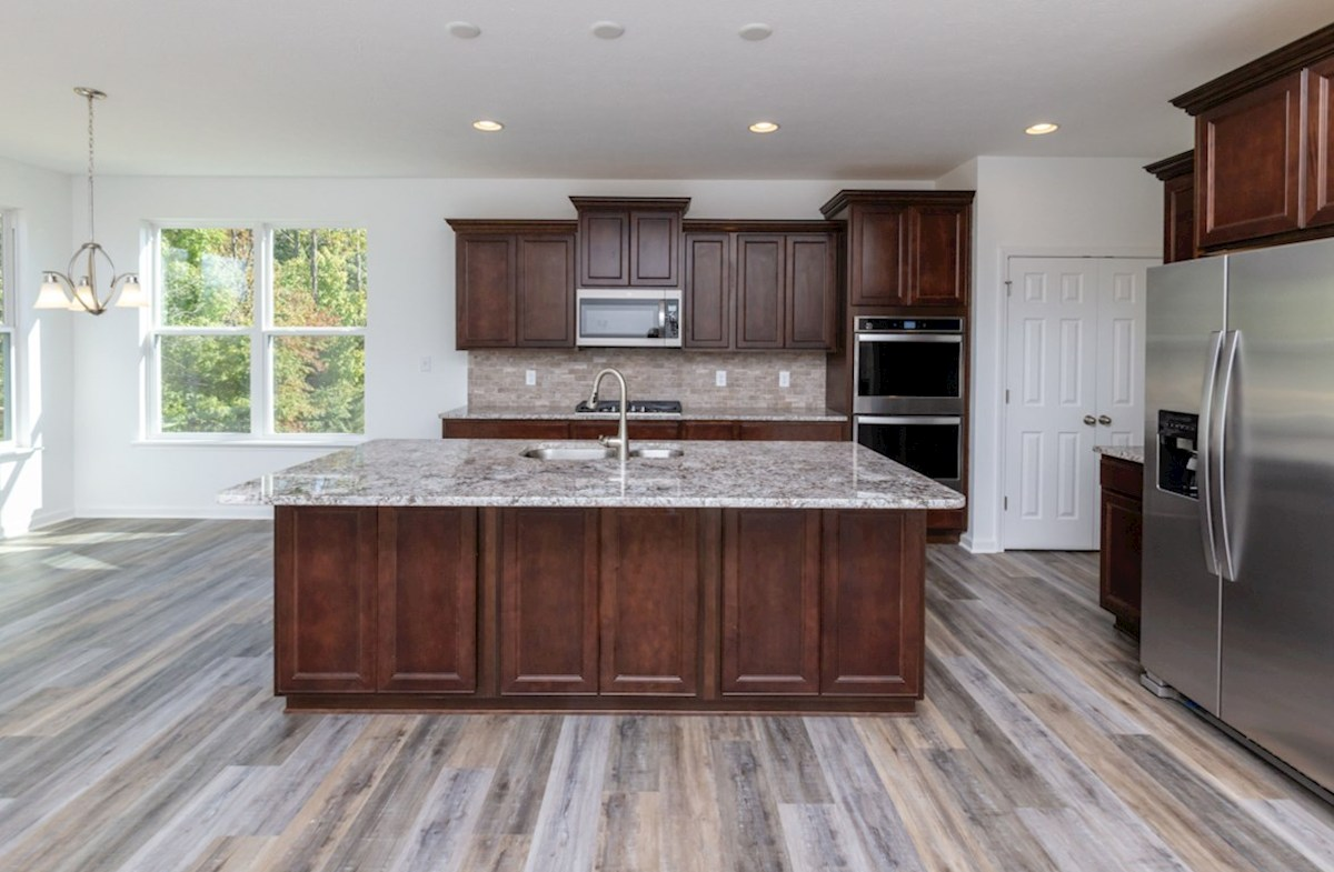 Greenwich quick move-in Spacious kitchen island for casual dining
