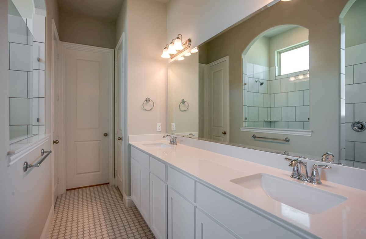 Eastland quick move-in master bath with dual vanities