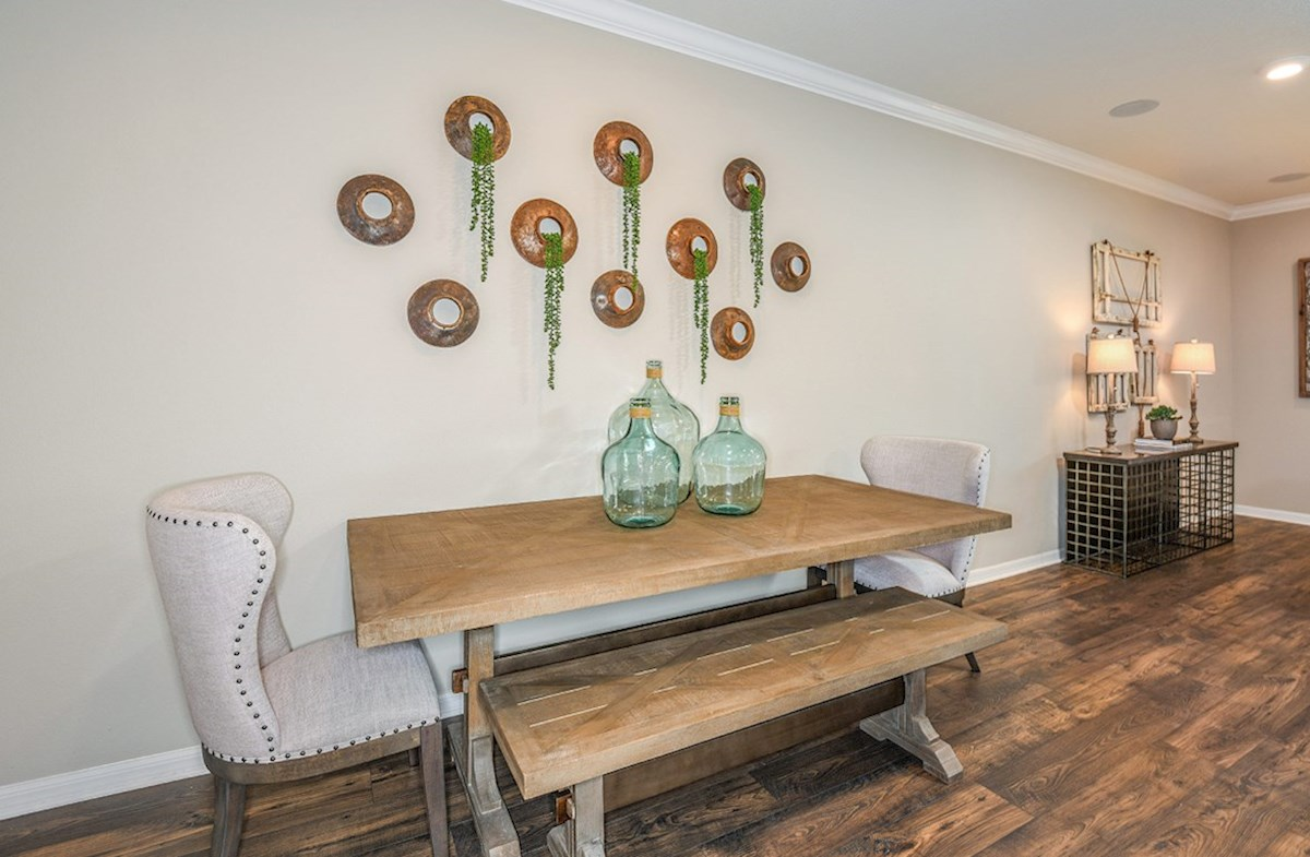Kemerton Place Siesta Key Dining area with farm table