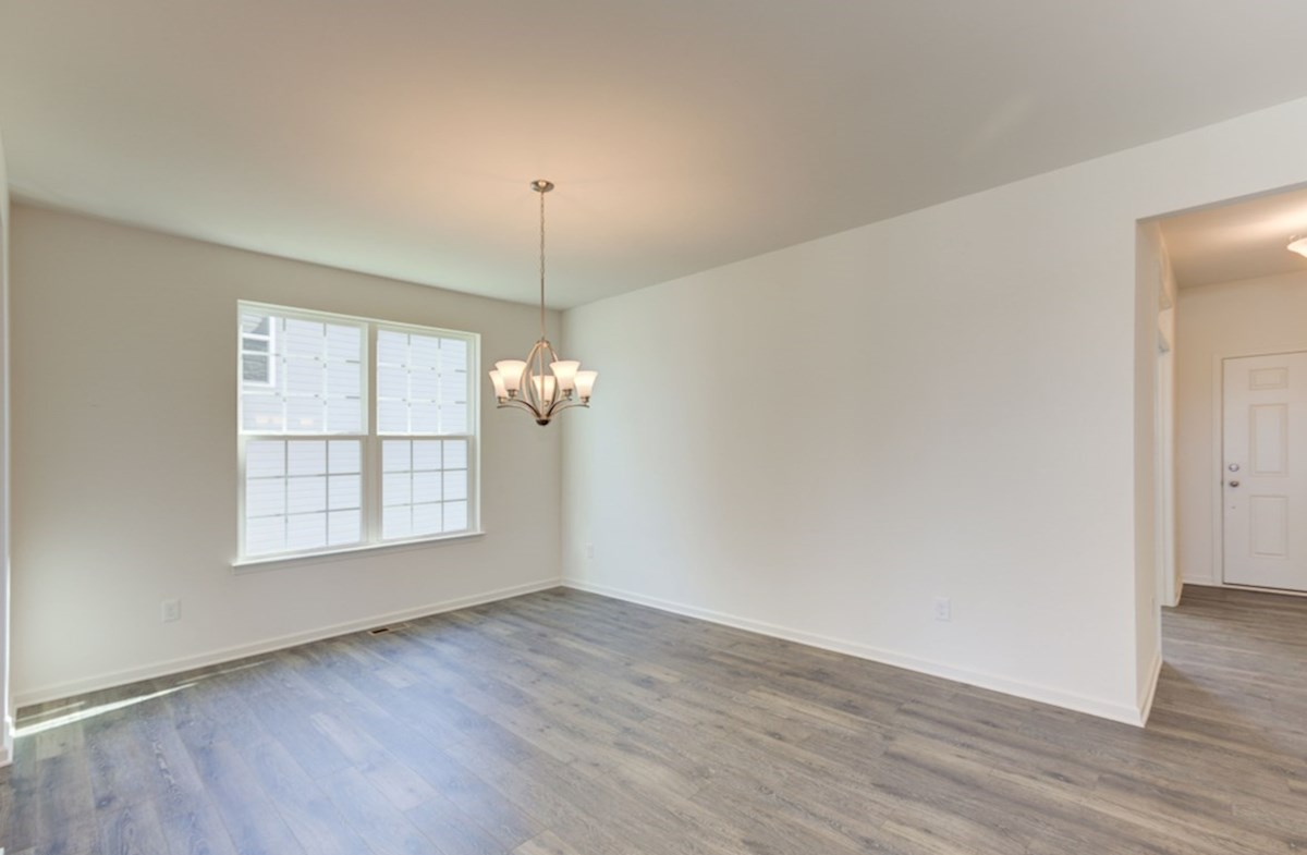 Jefferson quick move-in formal dining room