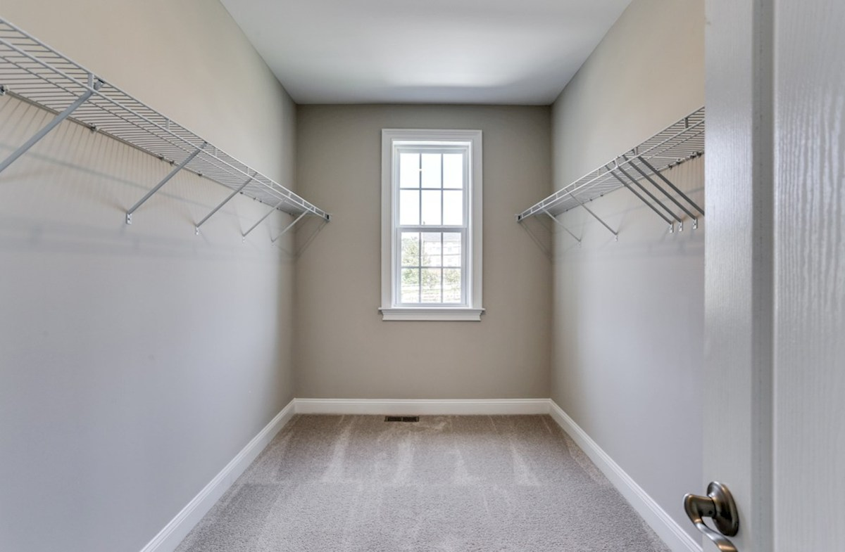 Kingston quick move-in Kingston walk-in closet in Master Suite