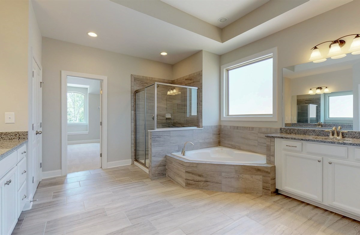 Tara quick move-in Master Bath with dual sinks