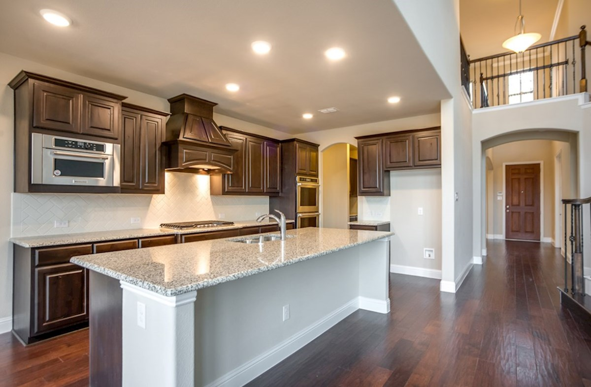 Madison quick move-in kitchen with granite countertops