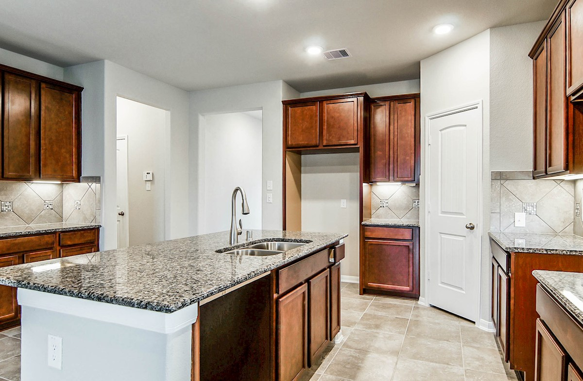 Julian quick move-in large Choice kitchen