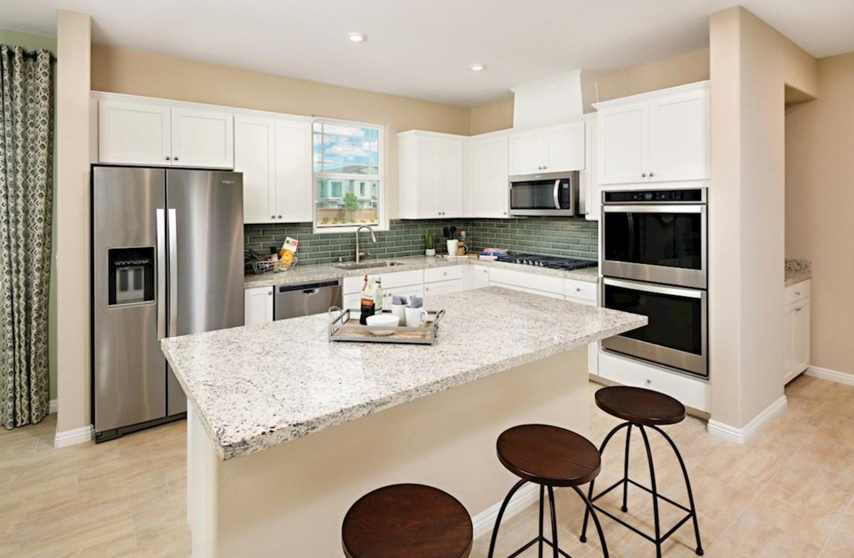 Hyde Park Valencia granite countertop standard in Valencia kitchen