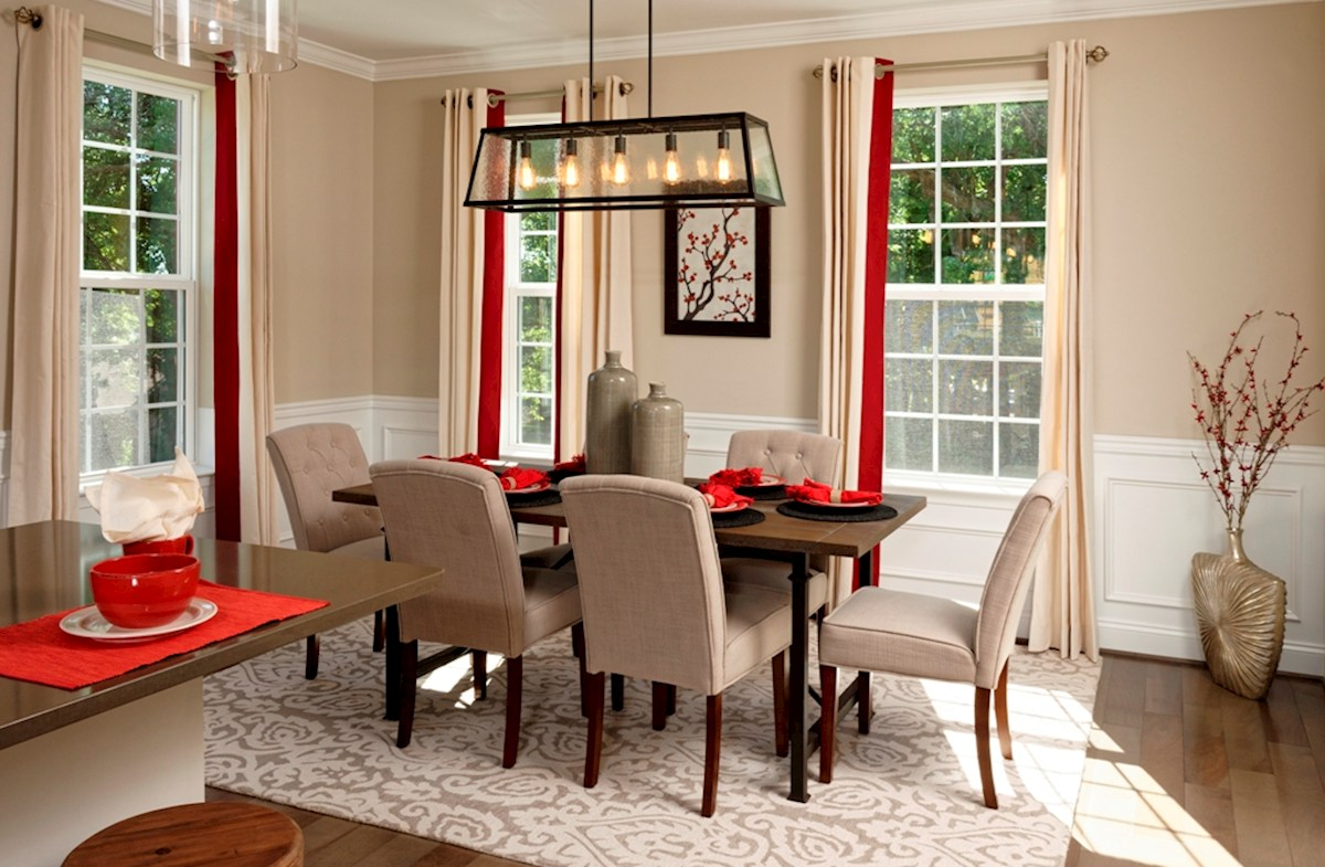 Rockville II Dining Room