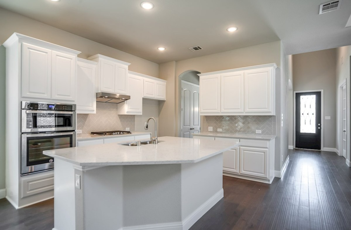 Hamilton quick move-in open kitchen with large island