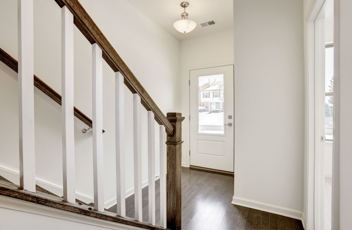 Kennedy quick move-in wooded foyer