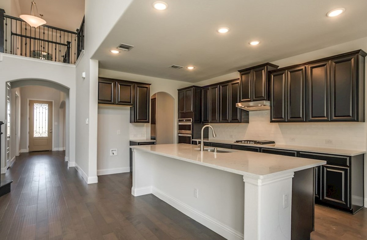 Madison quick move-in open kitchen with large island