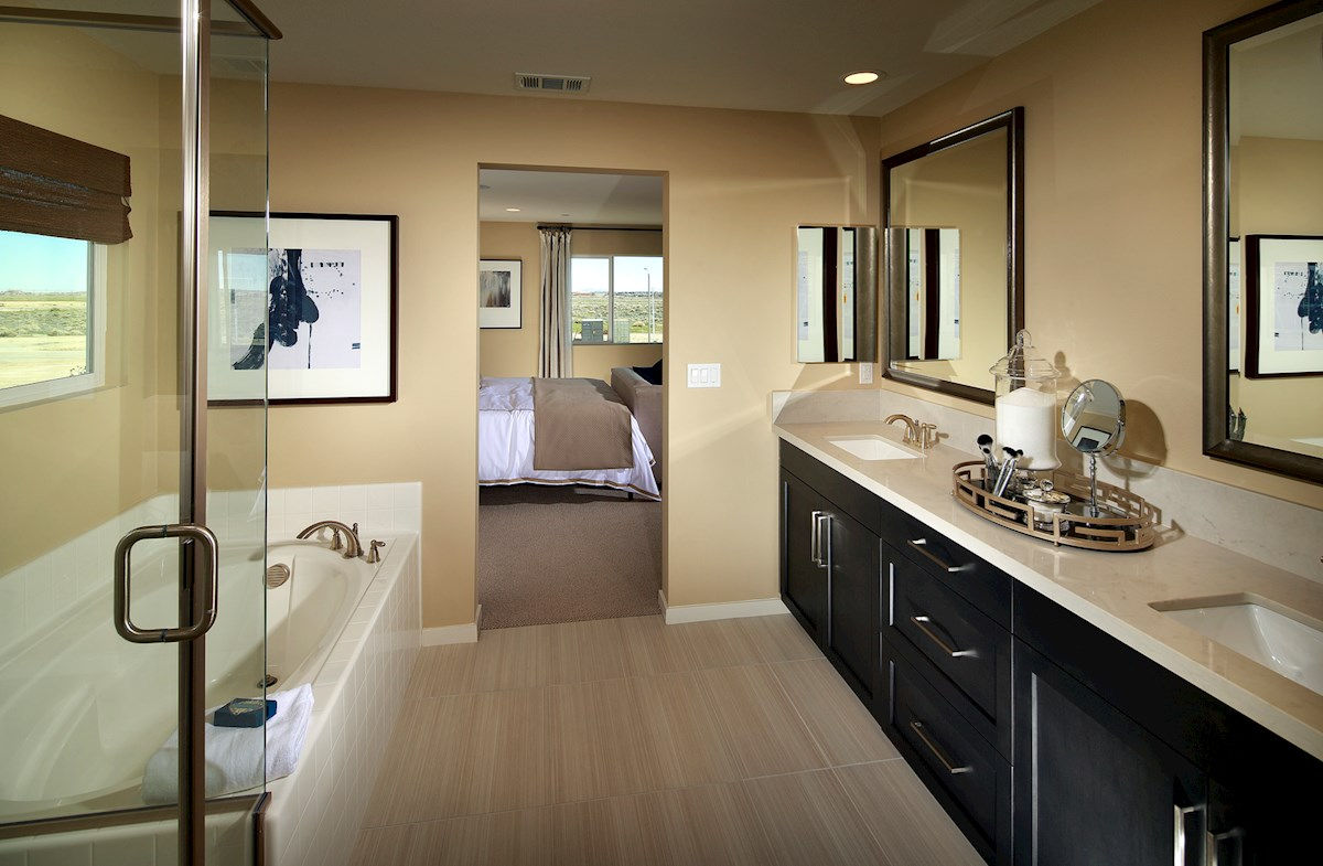 Sunset Landing at Lancaster Starflower Starflower luxurious master bath