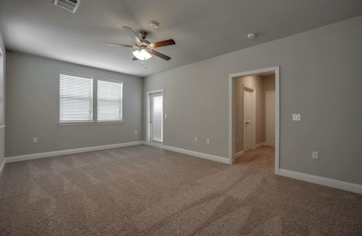 Sherwood quick move-in master bedroom with door to balcony