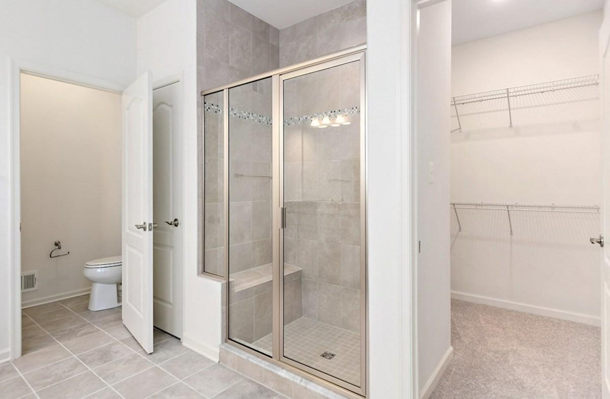 Dirickson quick move-in Dirickson master bath and walk-in closet
