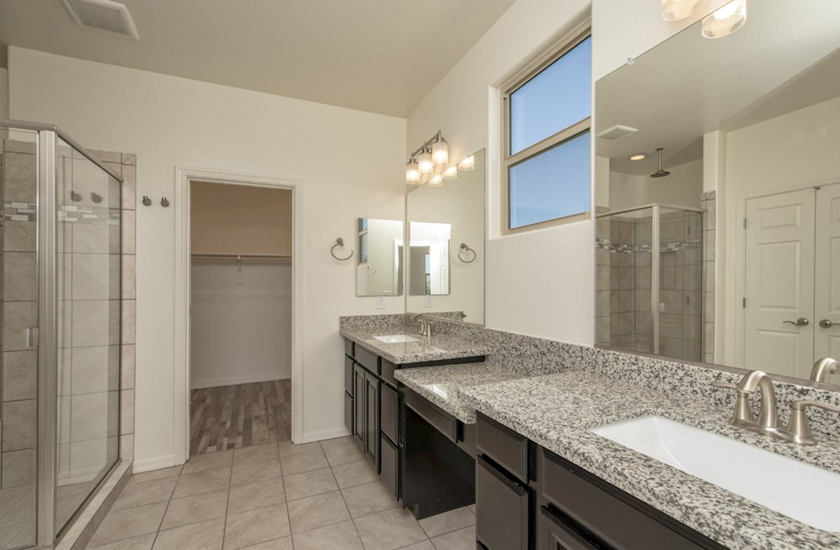 Abilene quick move-in Abilene Master Bathroom
