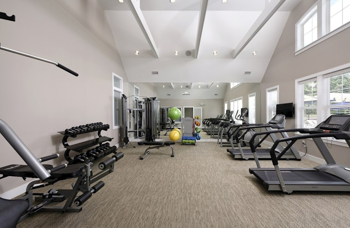 Aspen with Study quick move-in Fitness Center