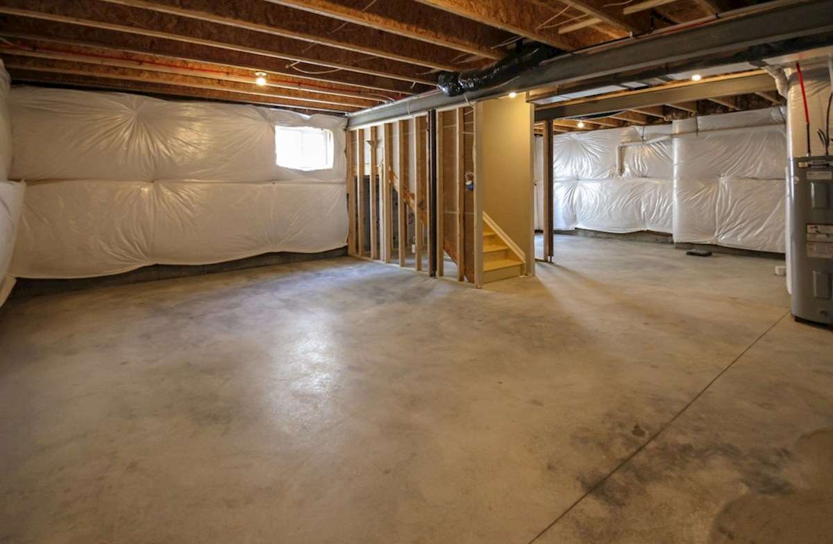 Porter quick move-in Full basements for storage