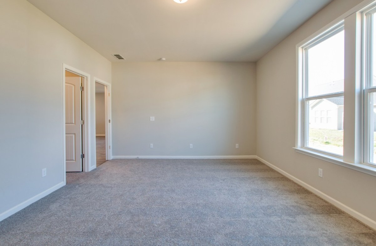 Harper quick move-in large master bedroom