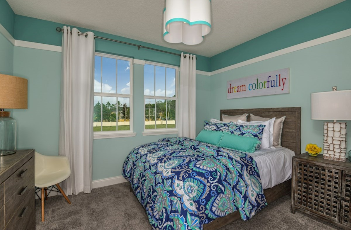 Luciana quick move-in spacious secondary bedroom