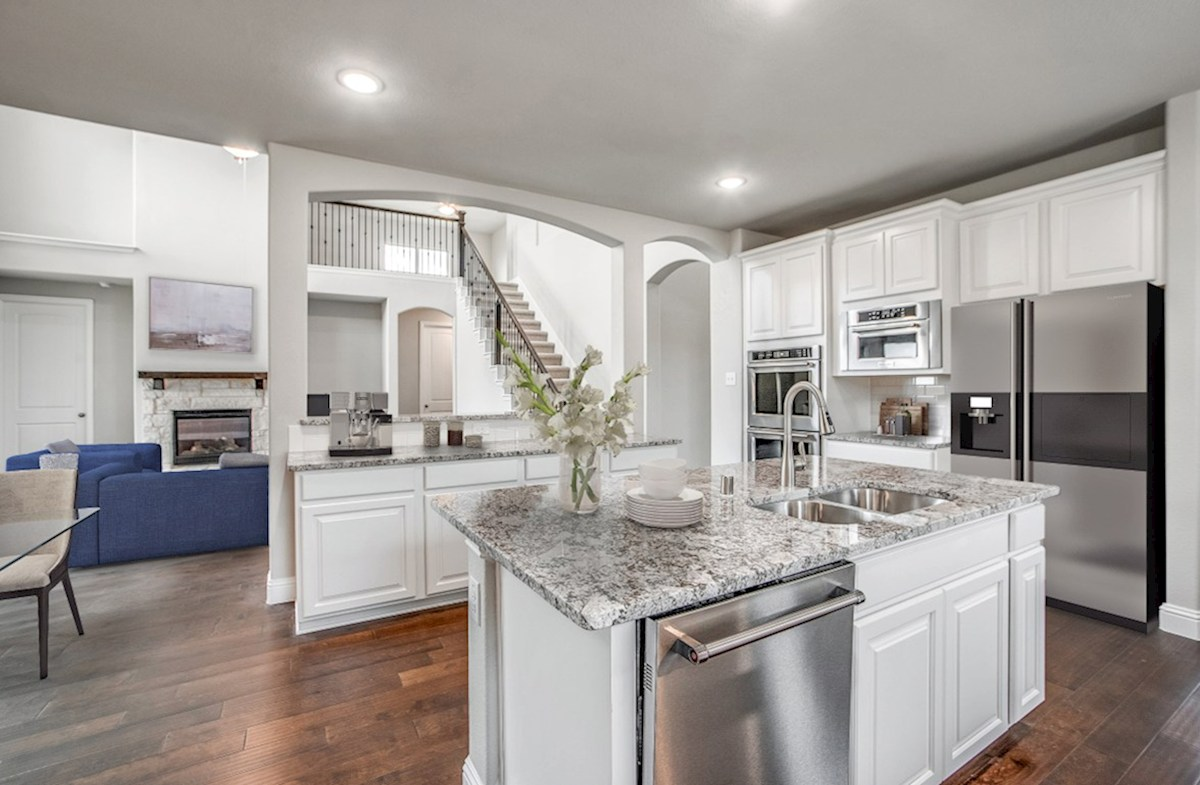 Stoney Creek Riverdale kitchen opens to great room