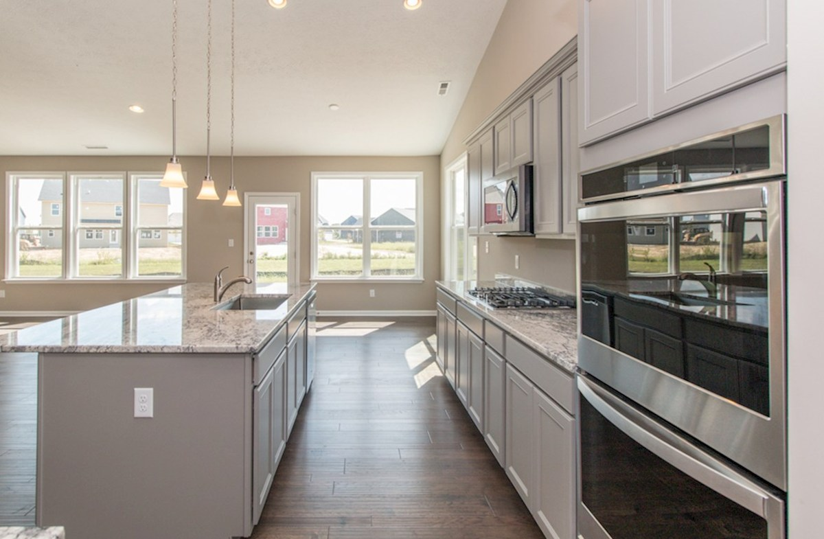 Greenwich quick move-in Gourmet kitchen with quartz countertops