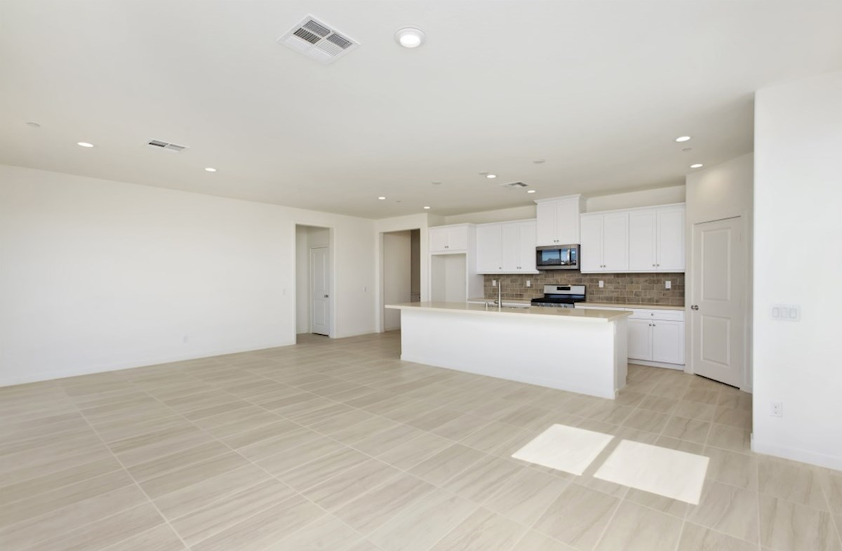 Napa quick move-in The elegant dining room provides the perfect space for dinner parties or special family occasions