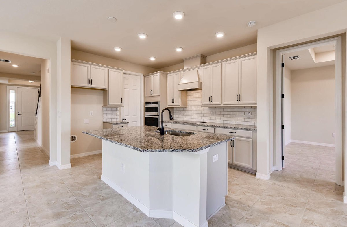 Sea Breeze quick move-in Open kitchen with white cabinets