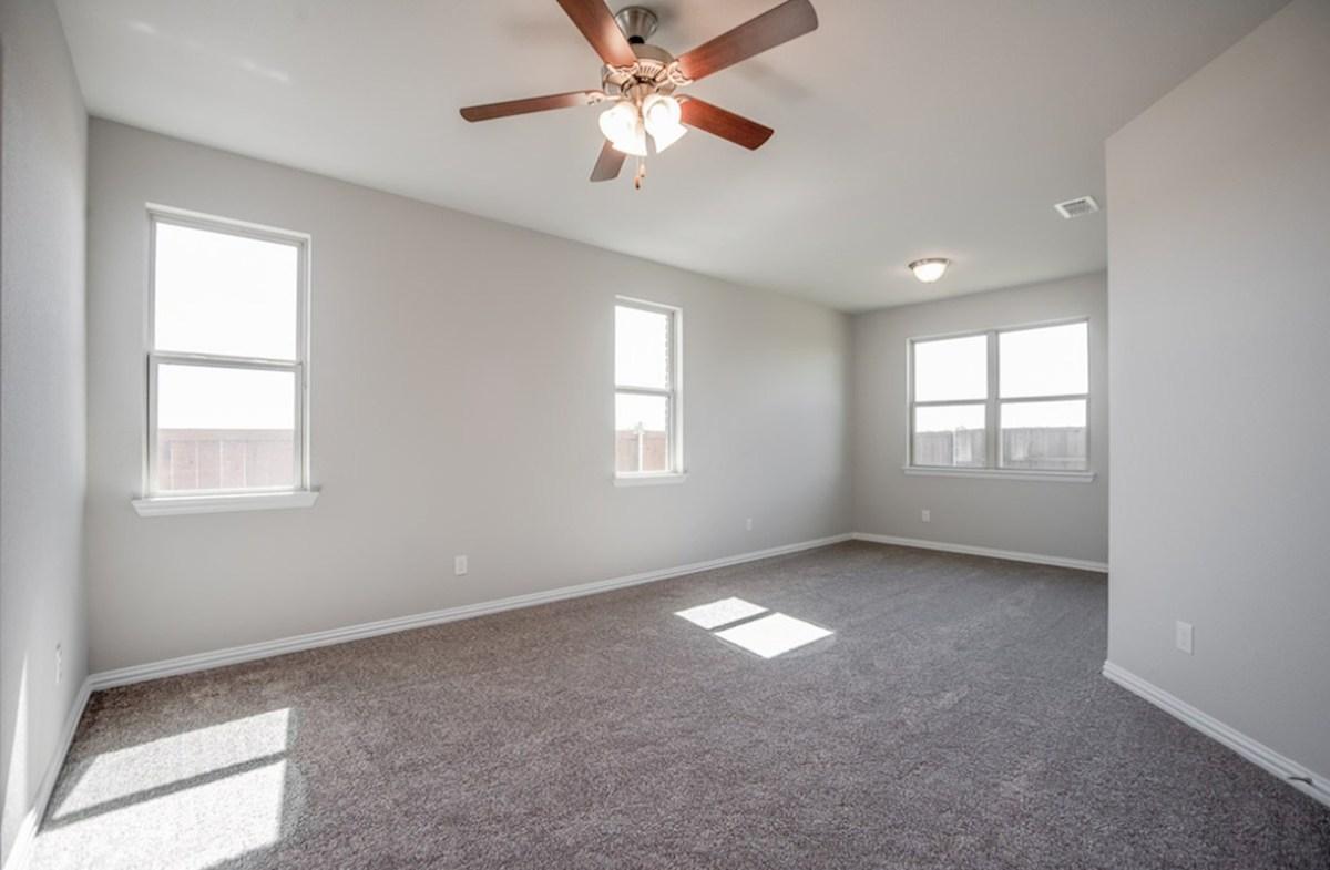 Prescott quick move-in Prescott master bedroom with sitting room