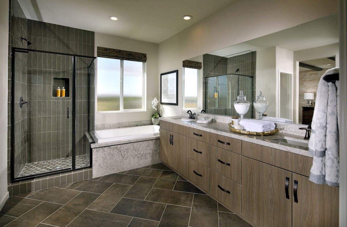 The Glen at Summerly Sonoma Master bath complete with separate shower and soaking tub.