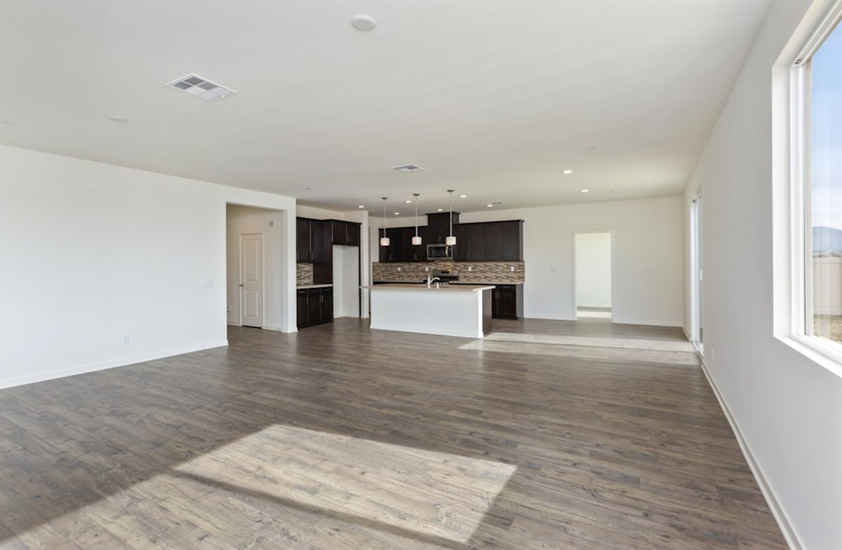 Sonoma quick move-in Spacious great room for entertaining