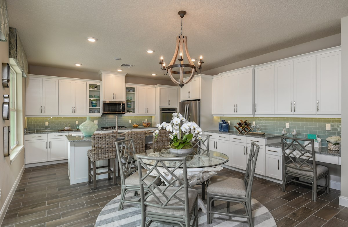 Windermere Isle Luciana chef-inspired kitchen