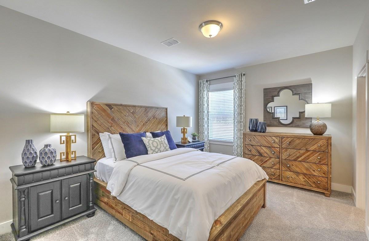 Bentley Park Sweetgum welcoming secondary bedroom