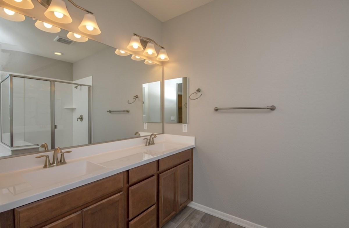 Silverado quick move-in Silverado Master Bathroom