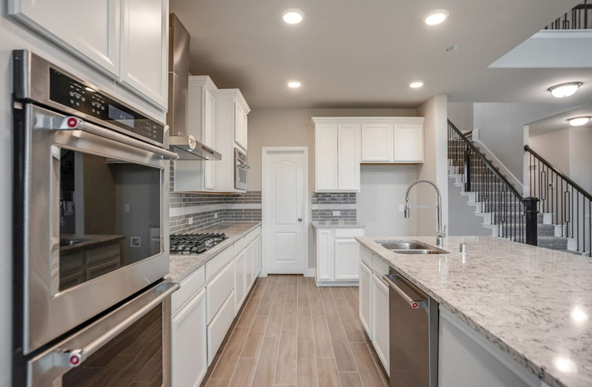 Aberdeen quick move-in Aberdeen white kitchen cabinets and double oven