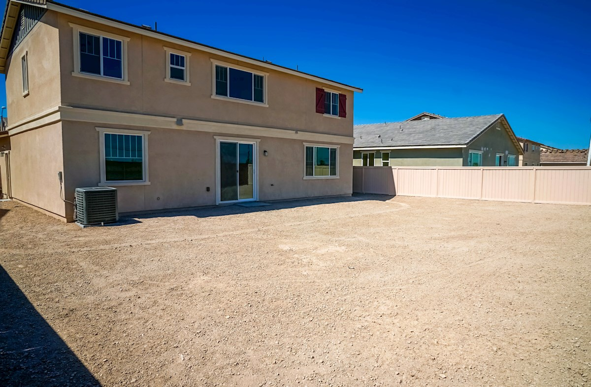 Manzanita quick move-in large rear yard for weekend barbeques