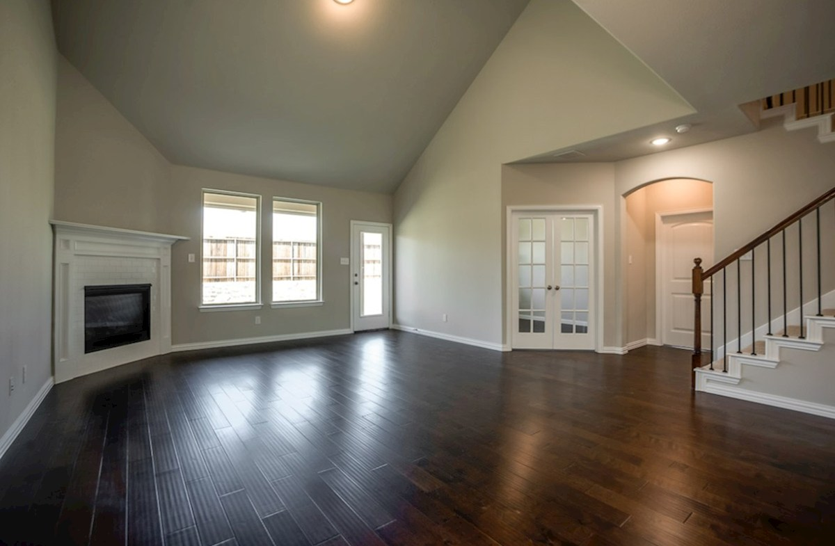 Prescott quick move-in great room with two-story ceilings