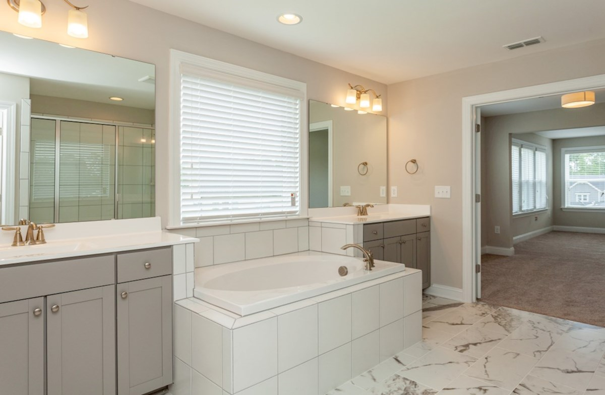 Sunset Glen Belmont Belmont master bathroom