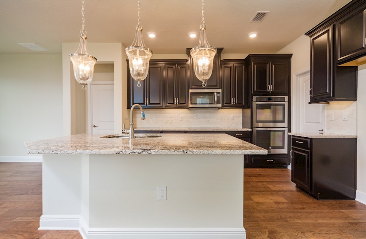 Sea Breeze quick move-in Gourmet kitchen with double oven and glass cook top
