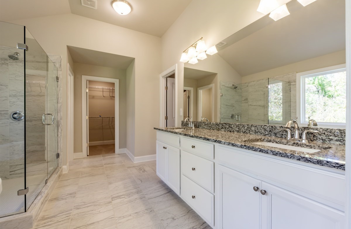 Brentwood quick move-in Master Bath with dual sinks