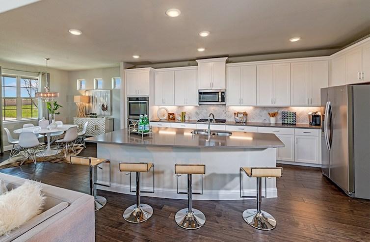 Brazos open kitchen and breakfast nook