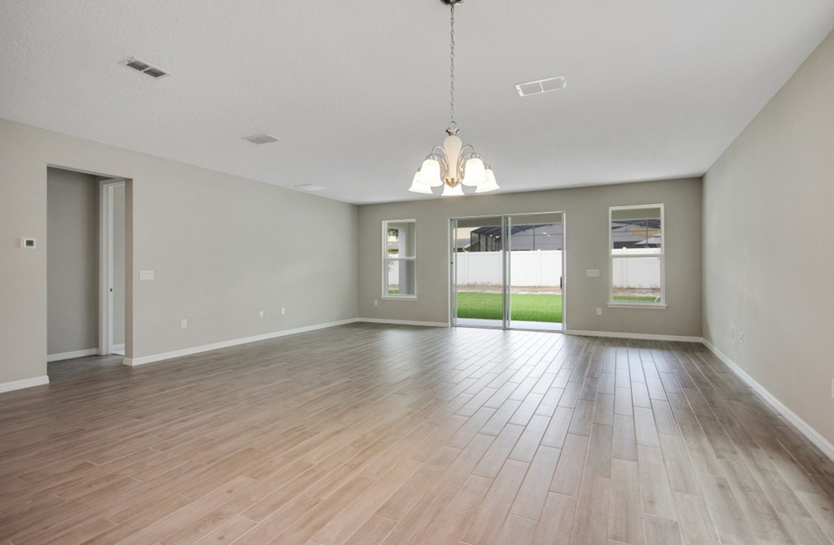 Durham quick move-in light-filled great room