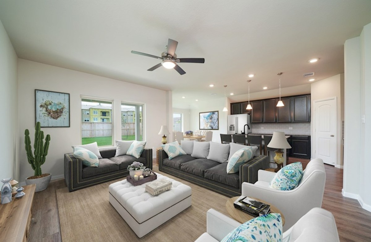 Lantana Sierra great room with tall ceilings and ceiling fan