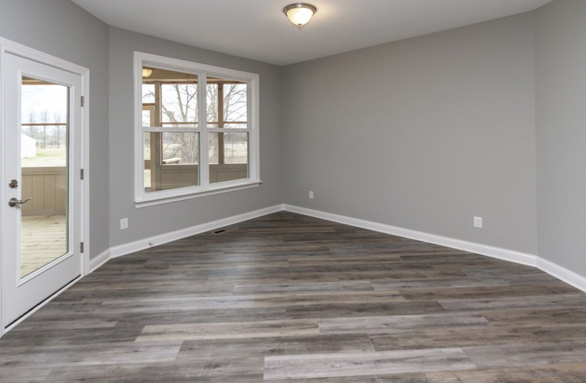 Charleston quick move-in dining area with hardwood floors