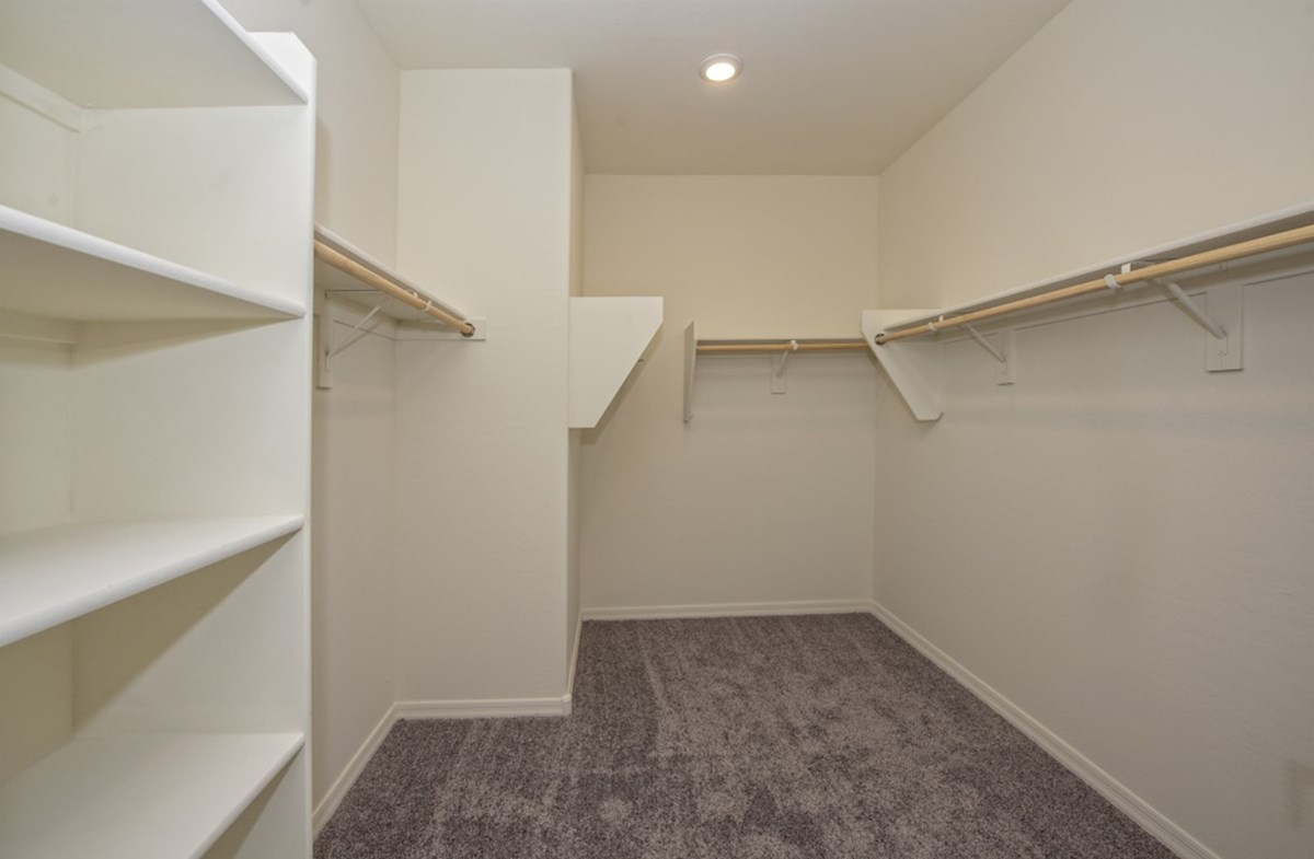 Rockwell quick move-in Rockwell Master Walk-In Closet