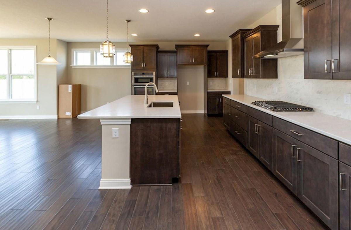 Keystone quick move-in Gourmet kitchen with quartz countertops