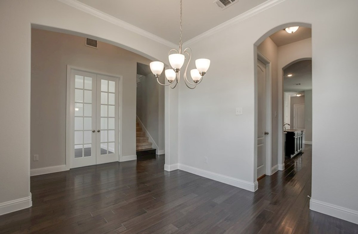 Hamilton quick move-in Hamilton dining room with arched doorways