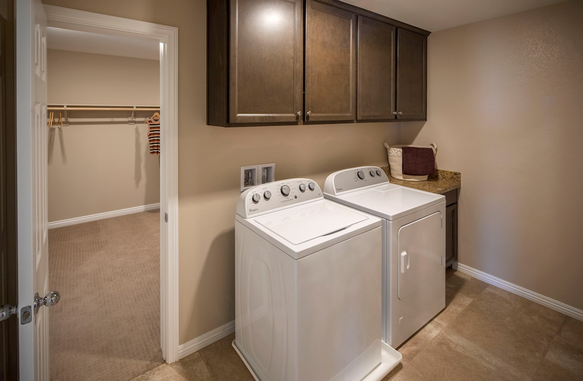 Valencia laundry room access from master