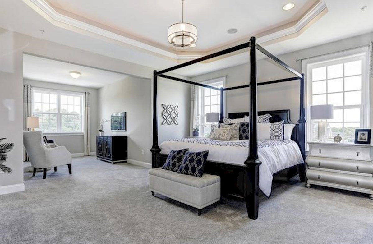 Wincopia Farms Brookview Enjoy the sitting room in the master bedroom