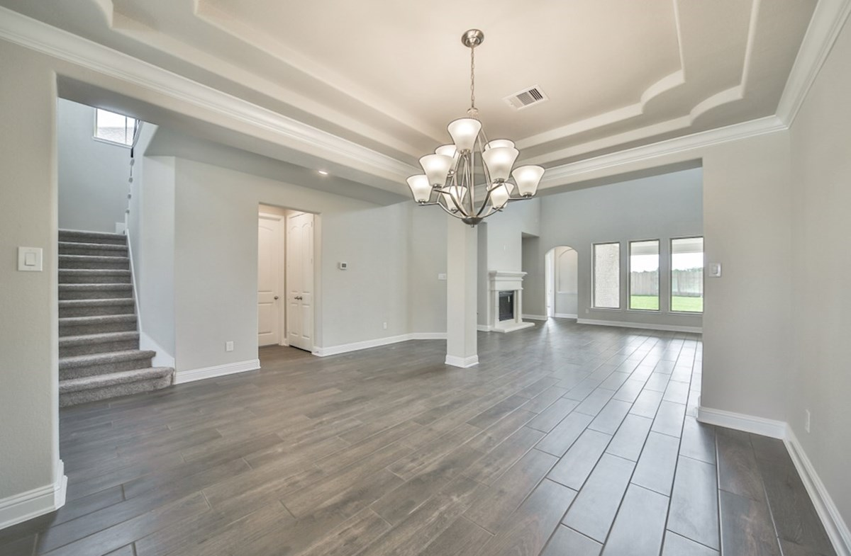 LaGrange quick move-in formal diing room with chandelier and tray ceiling