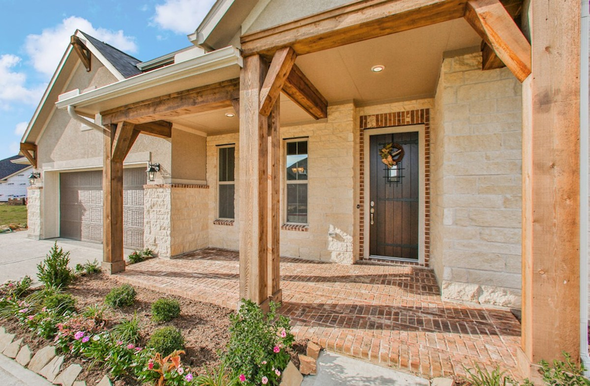 Fredericksburg quick move-in covered front porch