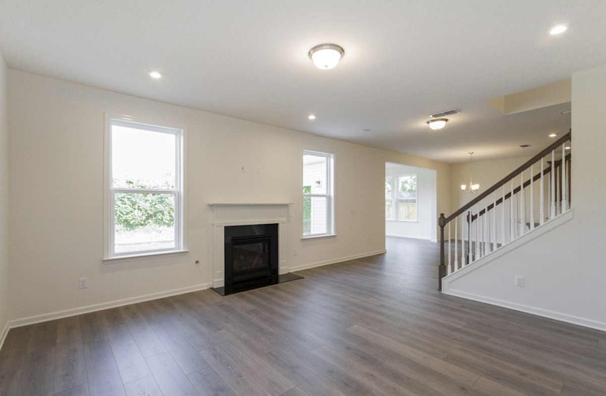 Ashford quick move-in open great room