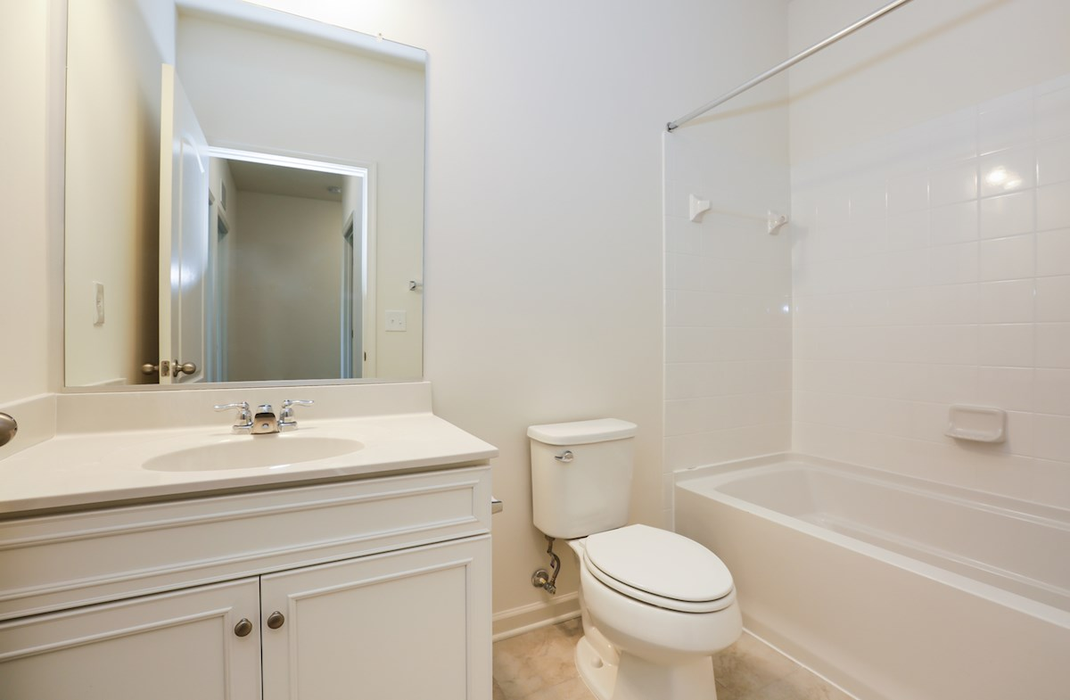 Franklin quick move-in secondary bathroom